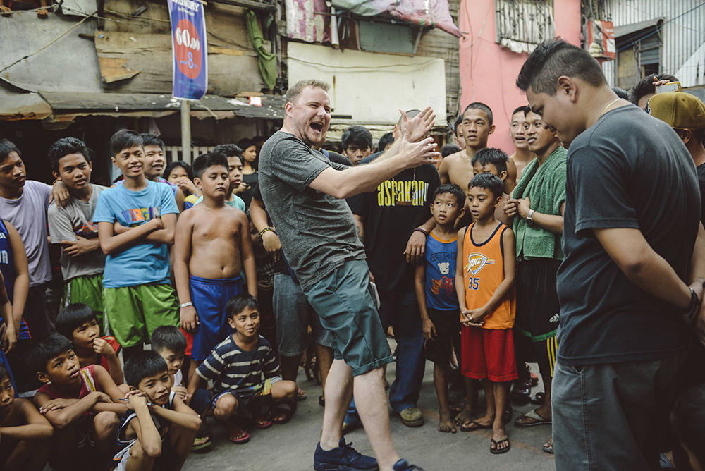 Mark Grist Takes On The World - Phillipines